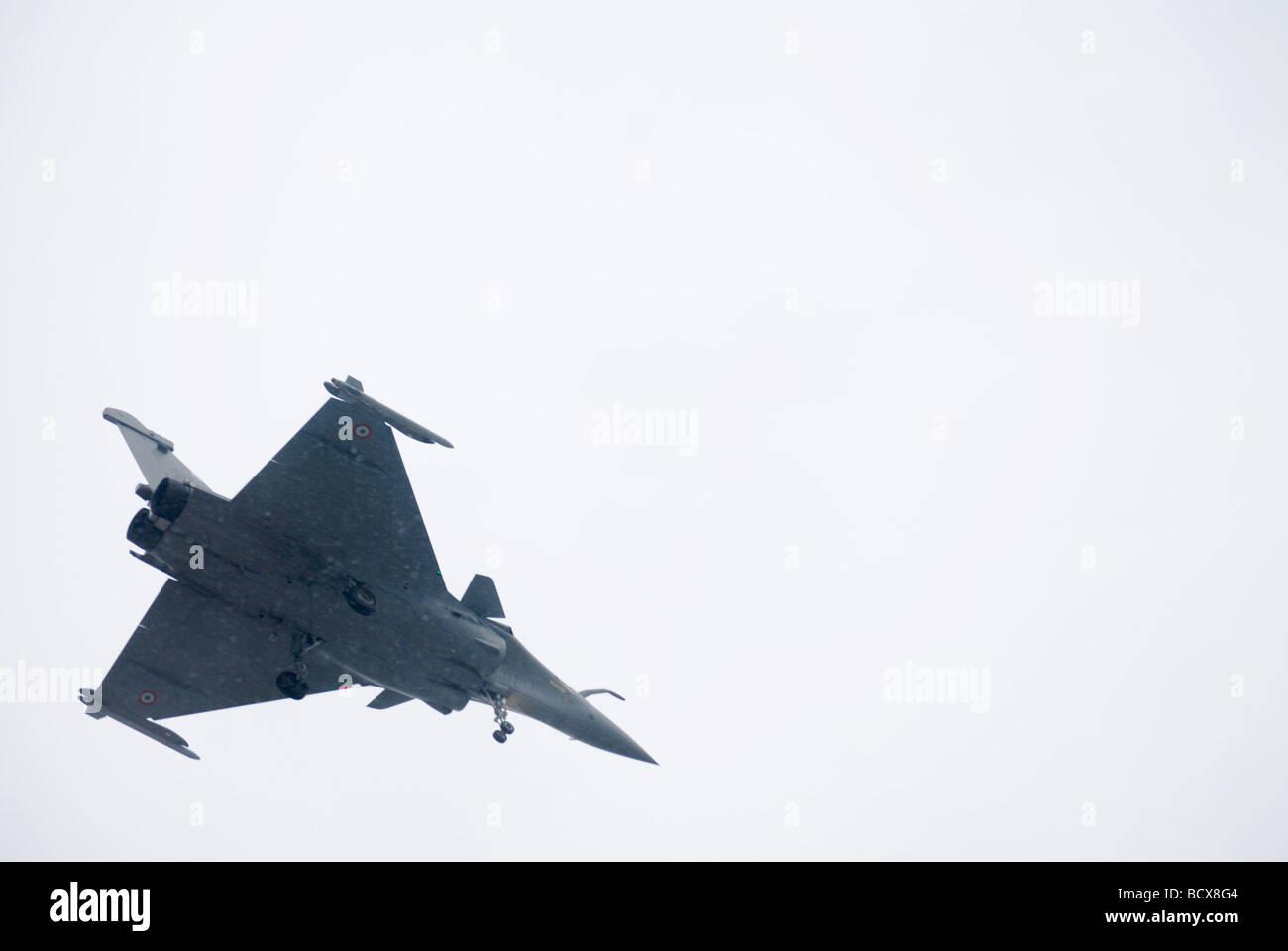 Dassault Mirage 2000 un jet de combate multirole francés en vuelo Foto de stock