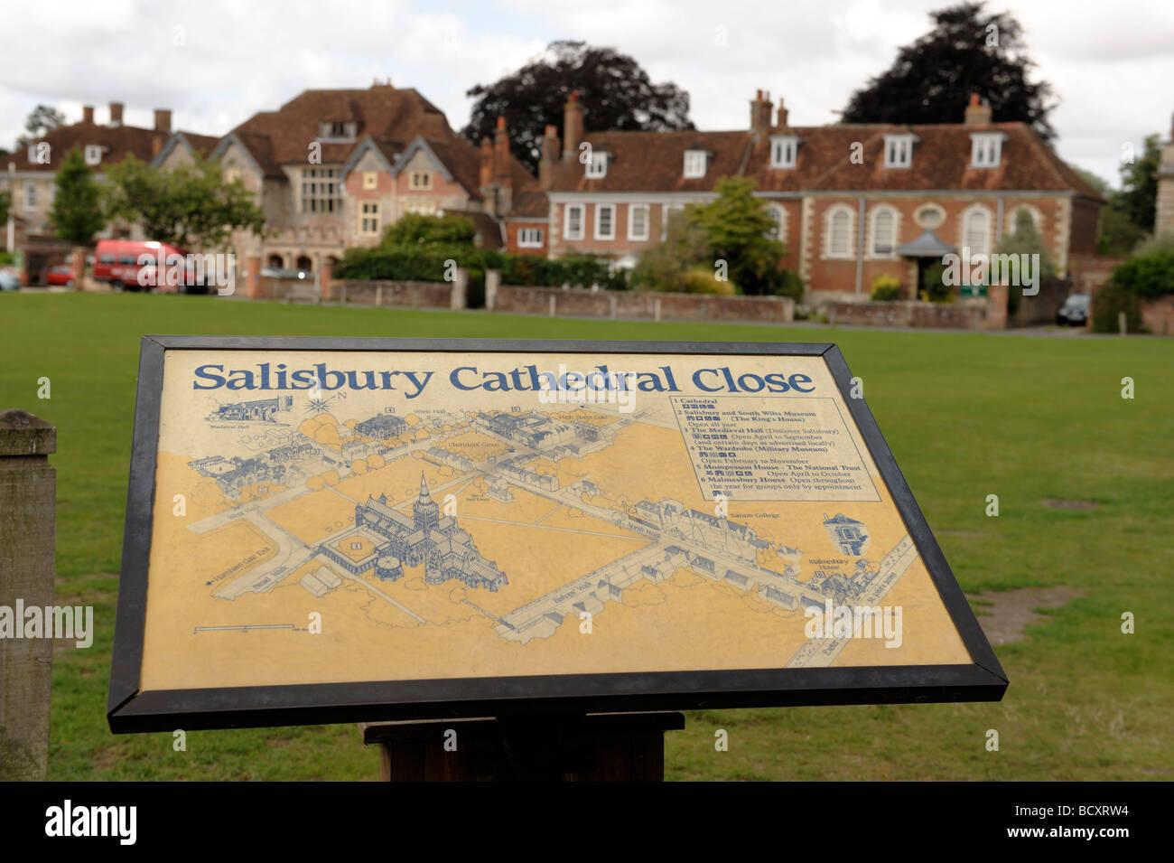 Cerca de la catedral de Salisbury Wiltshire Imagen De Stock