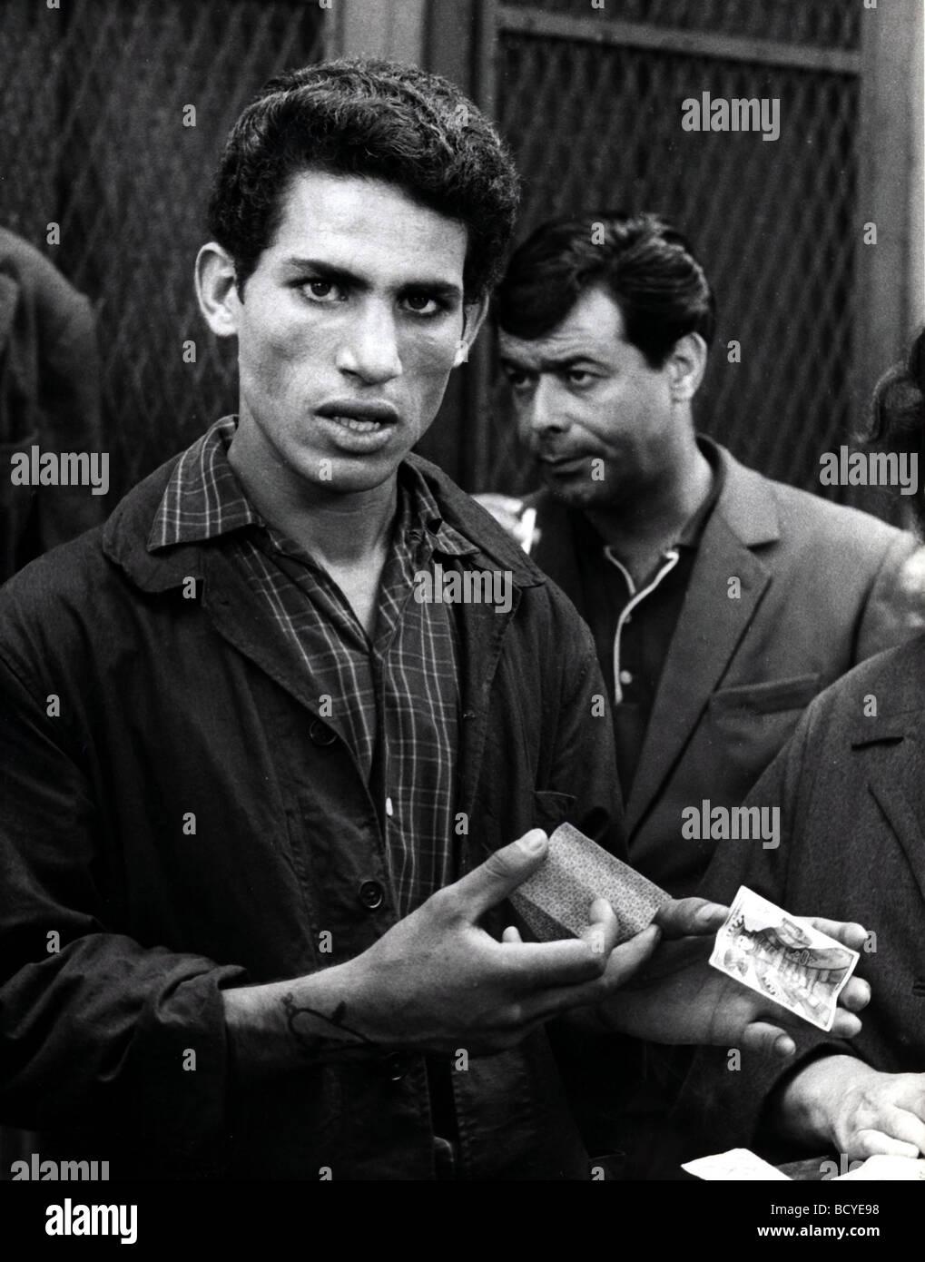 La Battaglia di Algeri Año : 1965 Director : Gillo Pontecorvo Imagen De Stock