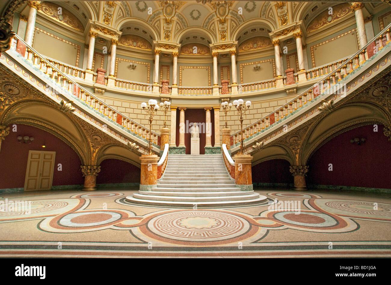 Bucarest el Ateneo Rumano Concert Hall en estilo neoclásico Imagen De Stock