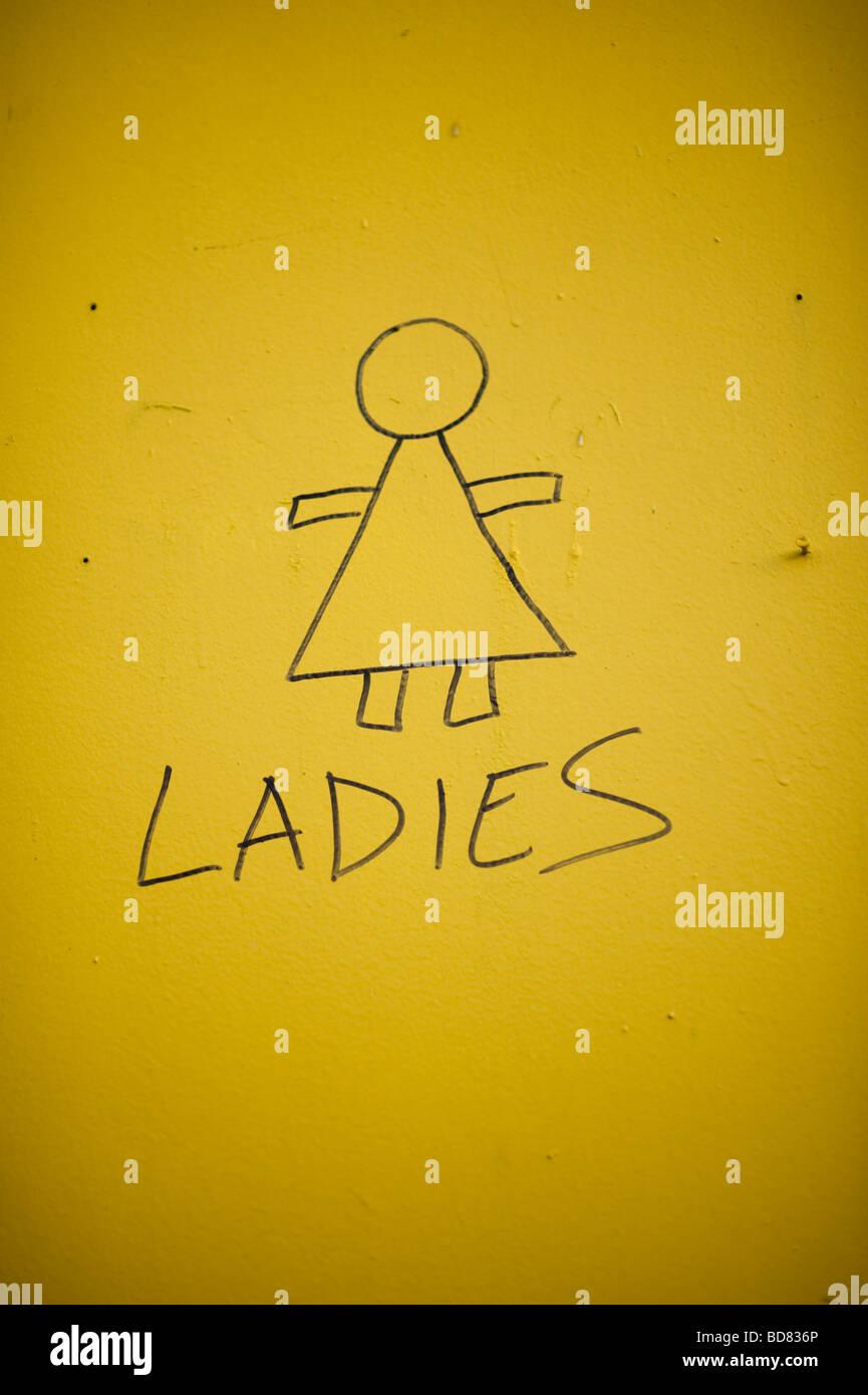 Signo dibujados a mano para señoras wc Imagen De Stock