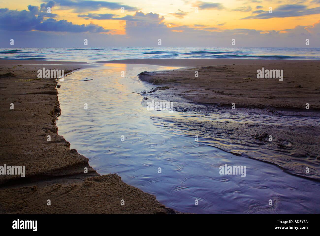 Kandestederne playa cerca de Skagen en Jutlandia en Dinamarca Foto de stock