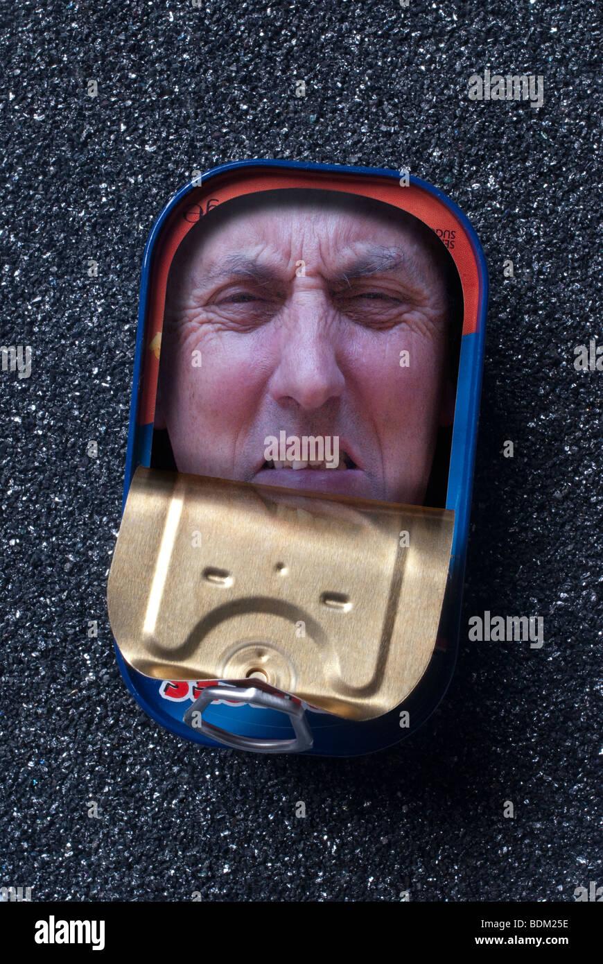 El estrés y el dolor y atrapado como una sardina Imagen De Stock