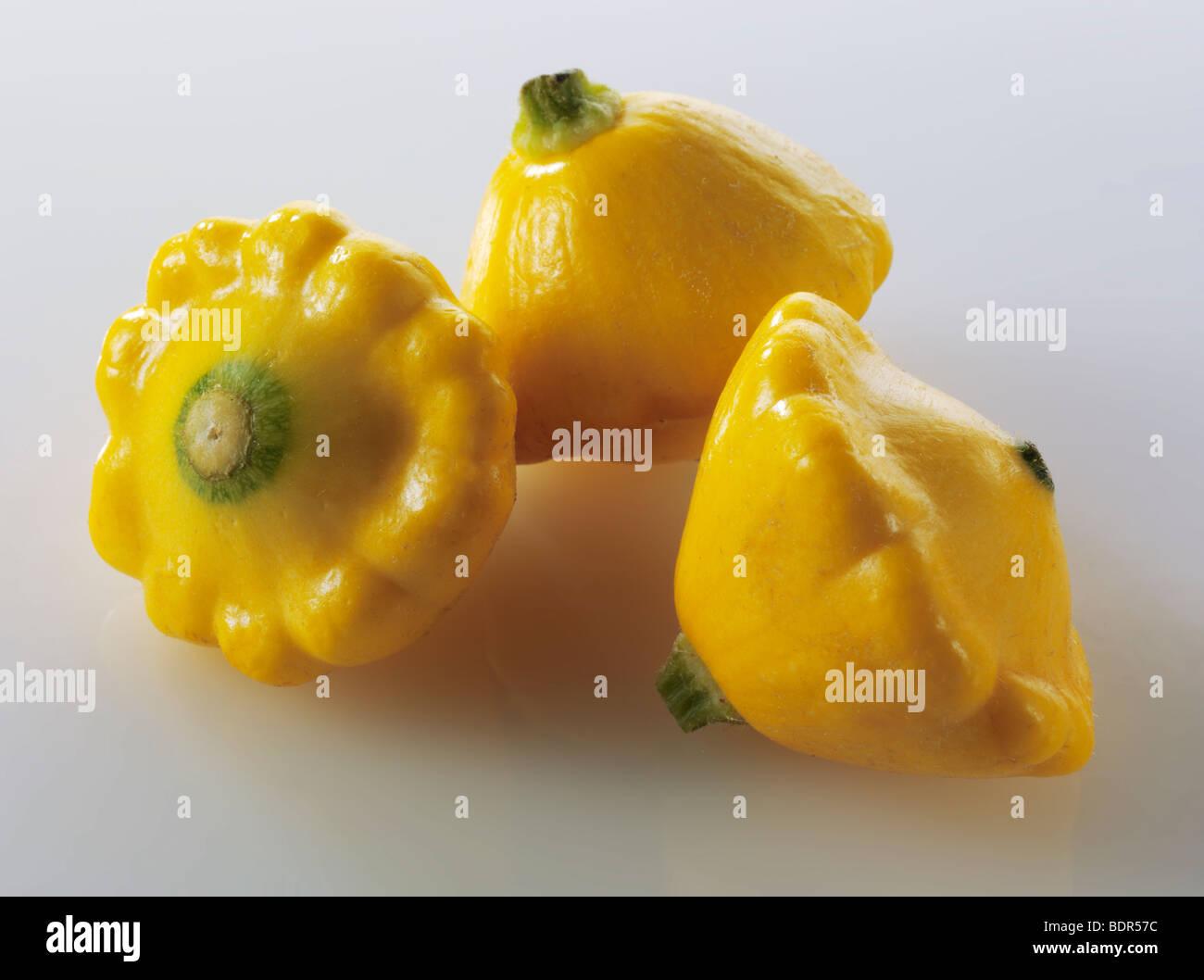 Mini amarilla Petit Pan squash Imagen De Stock