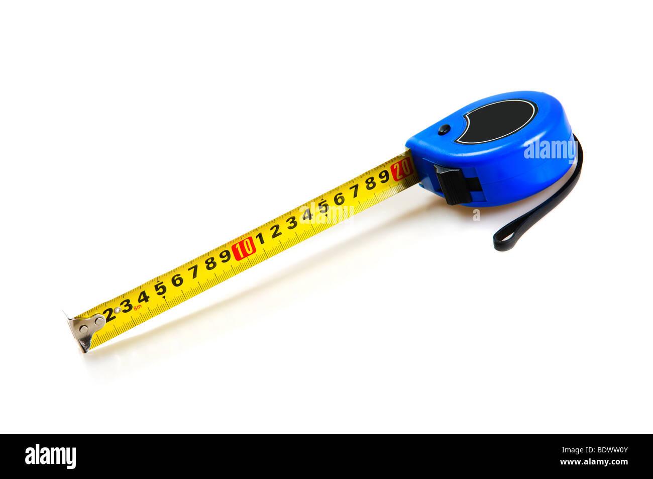Medir la cinta aislado sobre fondo blanco. Imagen De Stock