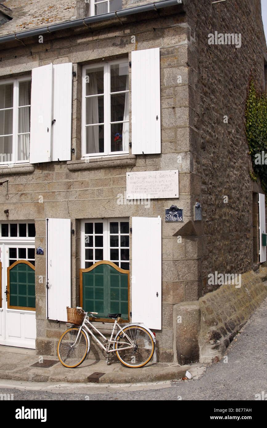 La casa en Barfleur en el que la artista Paul Signac vivió 1932-5 Foto de stock