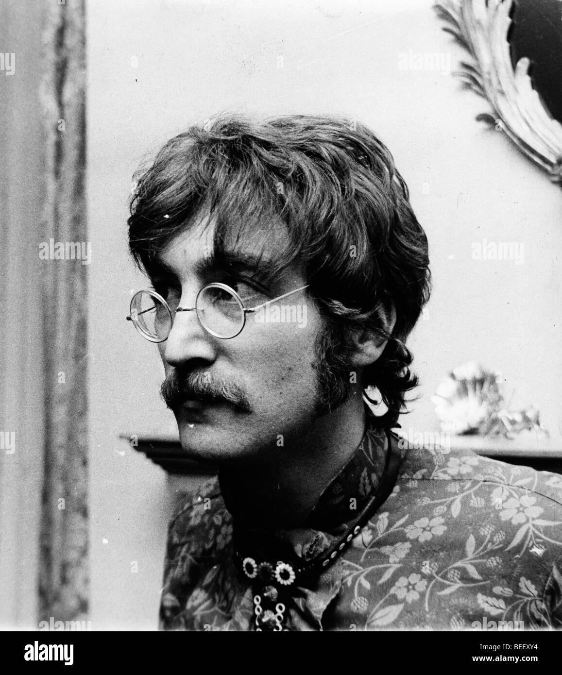 El cantante de los Beatles John Lennon ha prohibido la B.B.C. Foto de stock