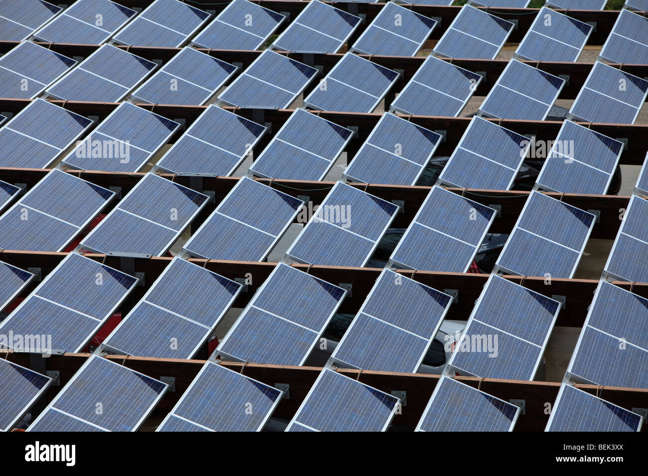 Matriz de paneles solares Imagen De Stock