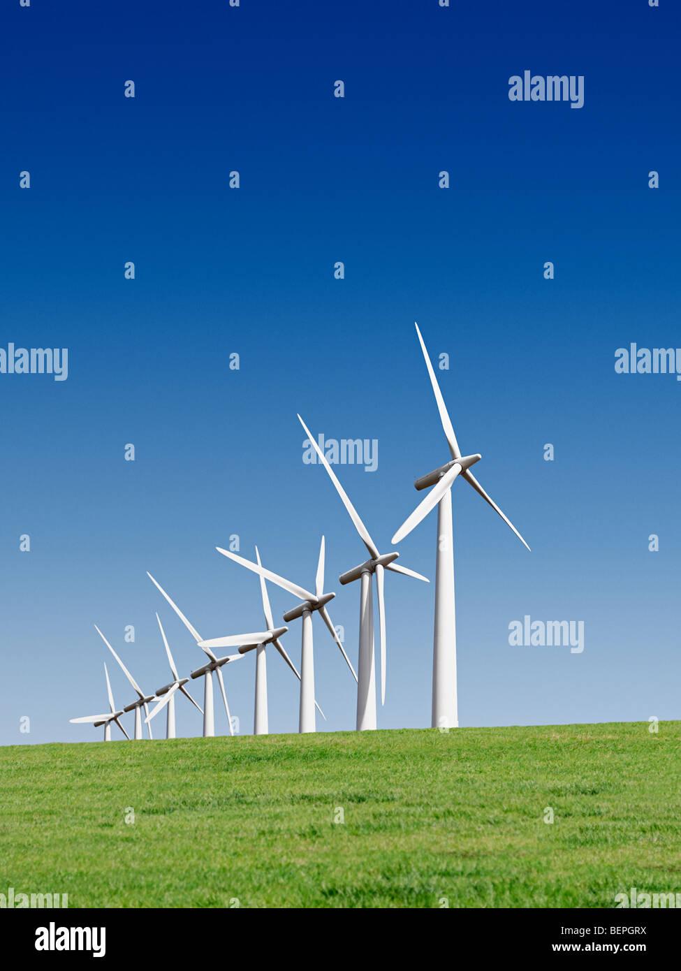 Turbinas de viento en un parque eólico, Reino Unido. Imagen De Stock