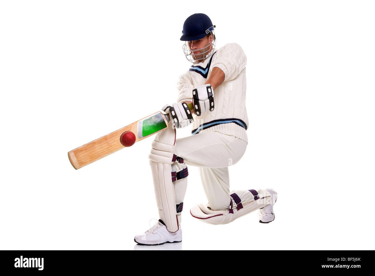 Cricketer, Foto de estudio sobre fondo blanco. Imagen De Stock