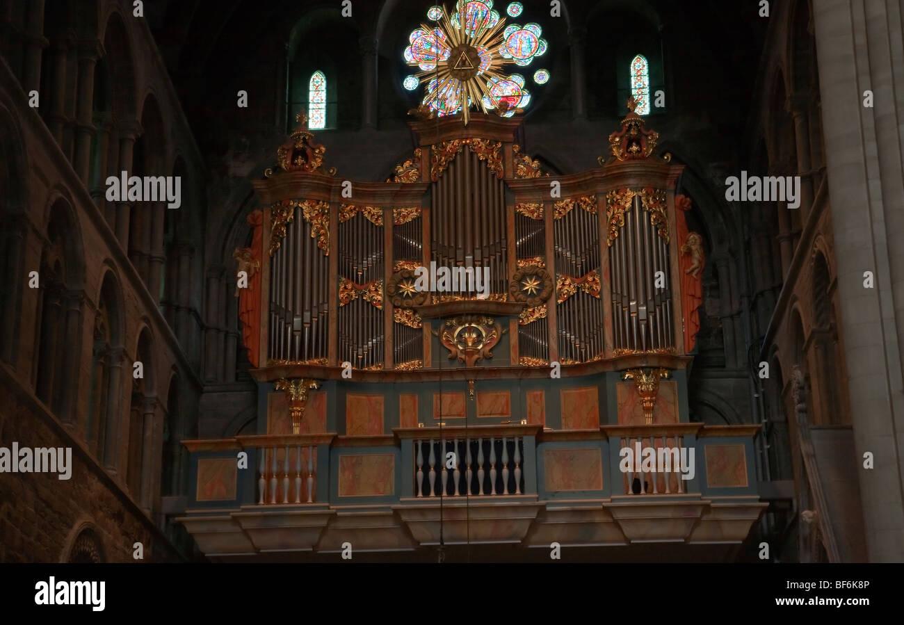 Interior de la catedral de Nidaros Trondheim noruega órgano barroco histórico Imagen De Stock