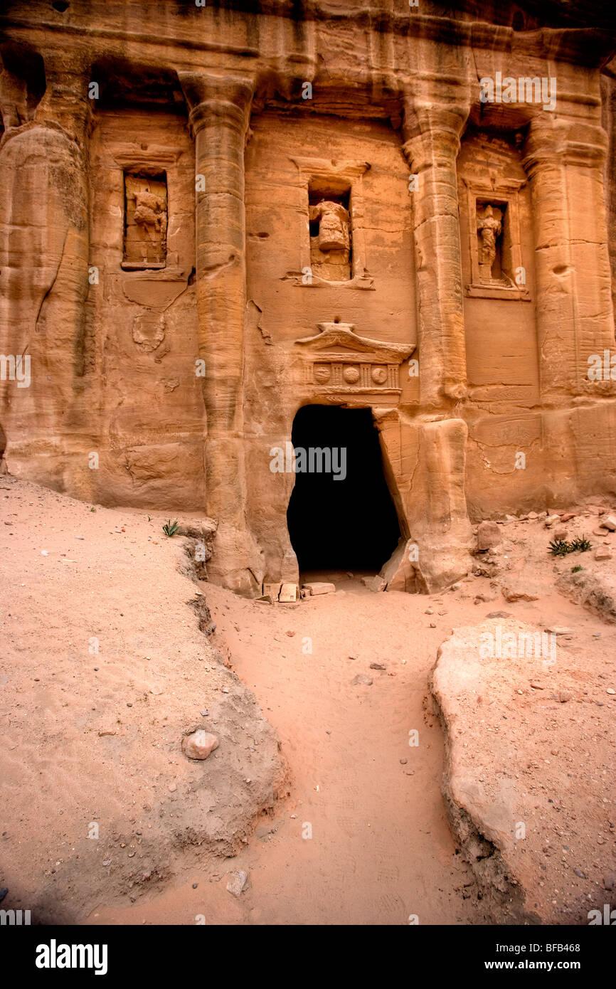 Tumba del Soldado, Wadi farasa, Petra, Jordania Foto de stock