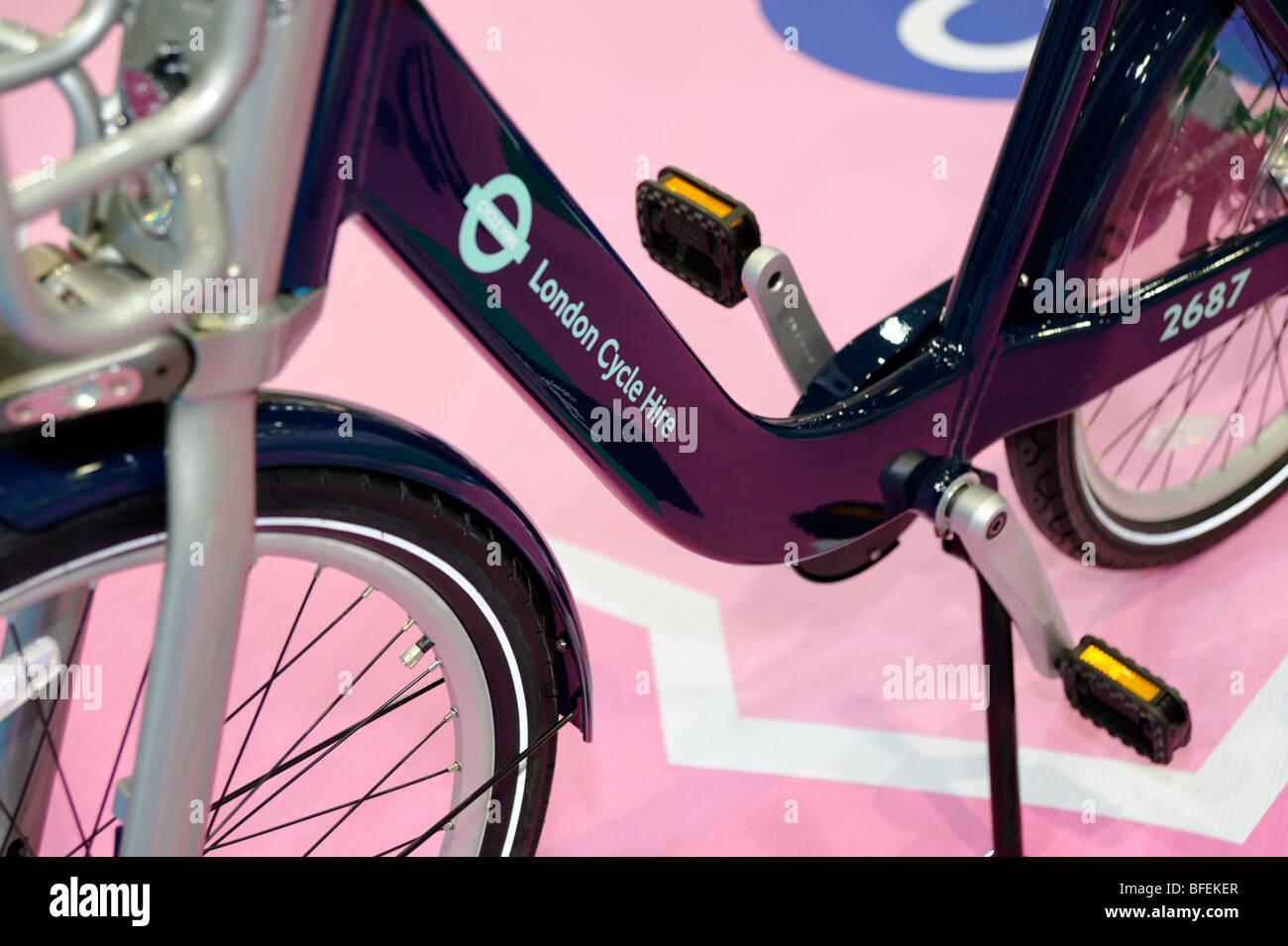 TFL Bicicletas bicicleta, bicicletas públicas plan de reparto que se lanzarán en Londres 2010. Mostrar Imagen De Stock
