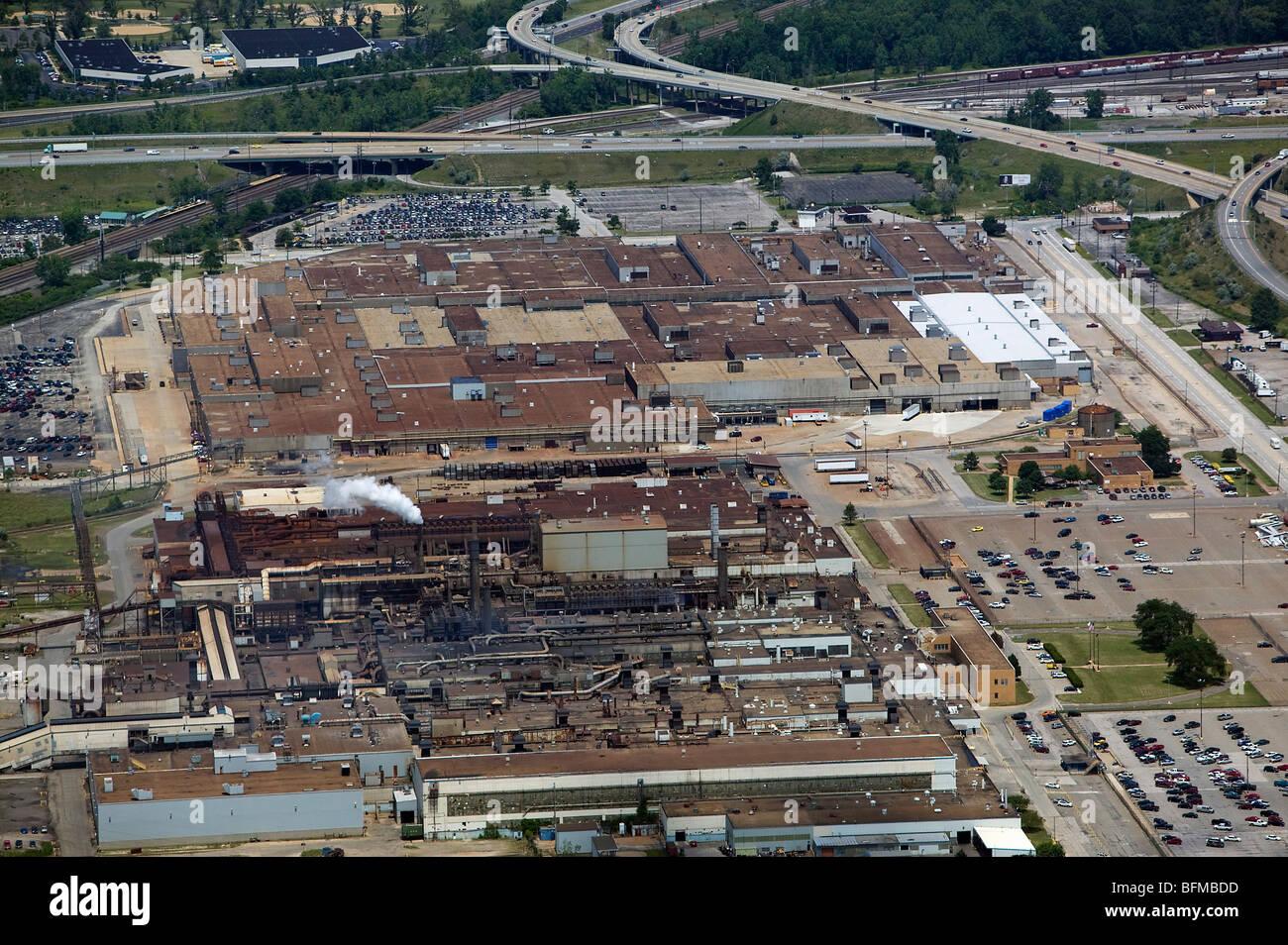 Vista aérea por encima de Ford Motor Company, fábrica de motores de Fundición Brook Park Cleveland Imagen De Stock