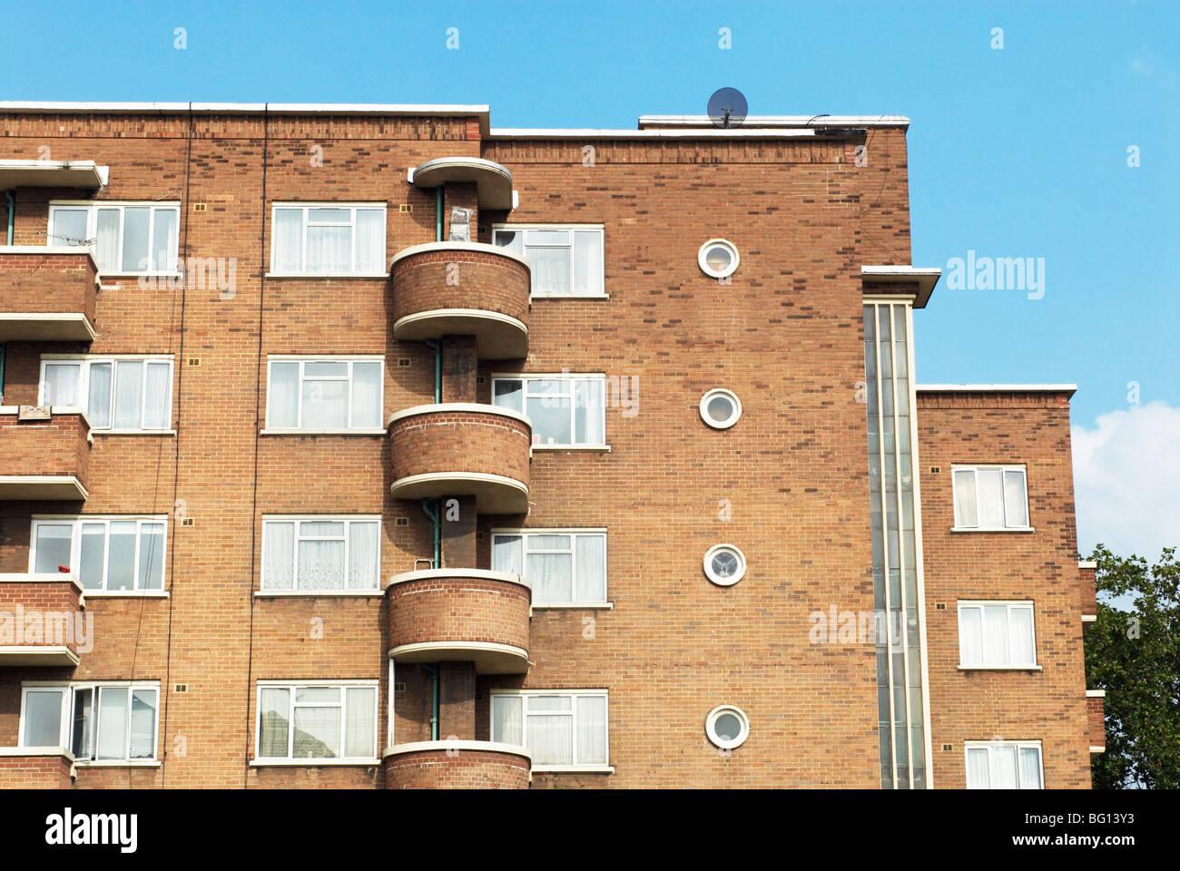 1930 de estilo art-deco bloque de viviendas. Whitechapel, East London, Reino Unido Foto de stock