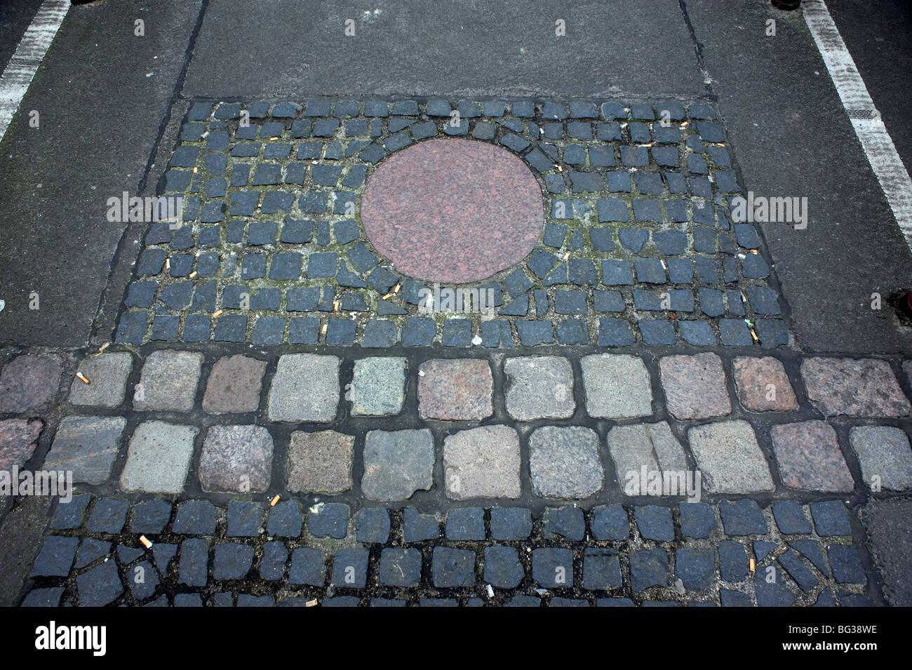 Berlín 2009 1989 DDR Alemania unificada de avance positivo de la historia de la guerra final de la guerra fría Imagen De Stock