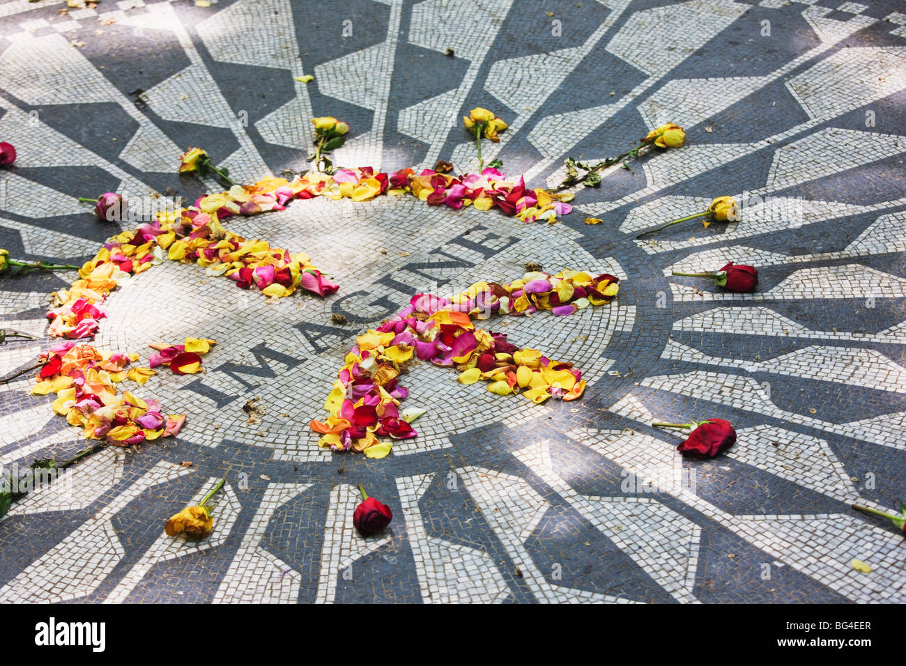 Imagine mosaico memorial de John Lennon, Strawberry Fields, Central Park, Manhattan, Ciudad de Nueva York, Nueva Imagen De Stock