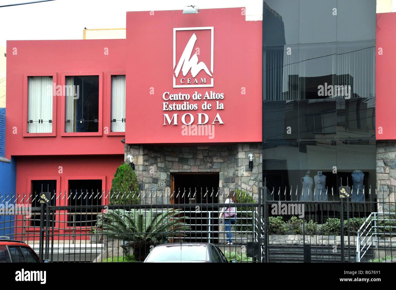 Centro de Altos Estudios de la Moda, Miraflores, Lima, Perú. Imagen De Stock