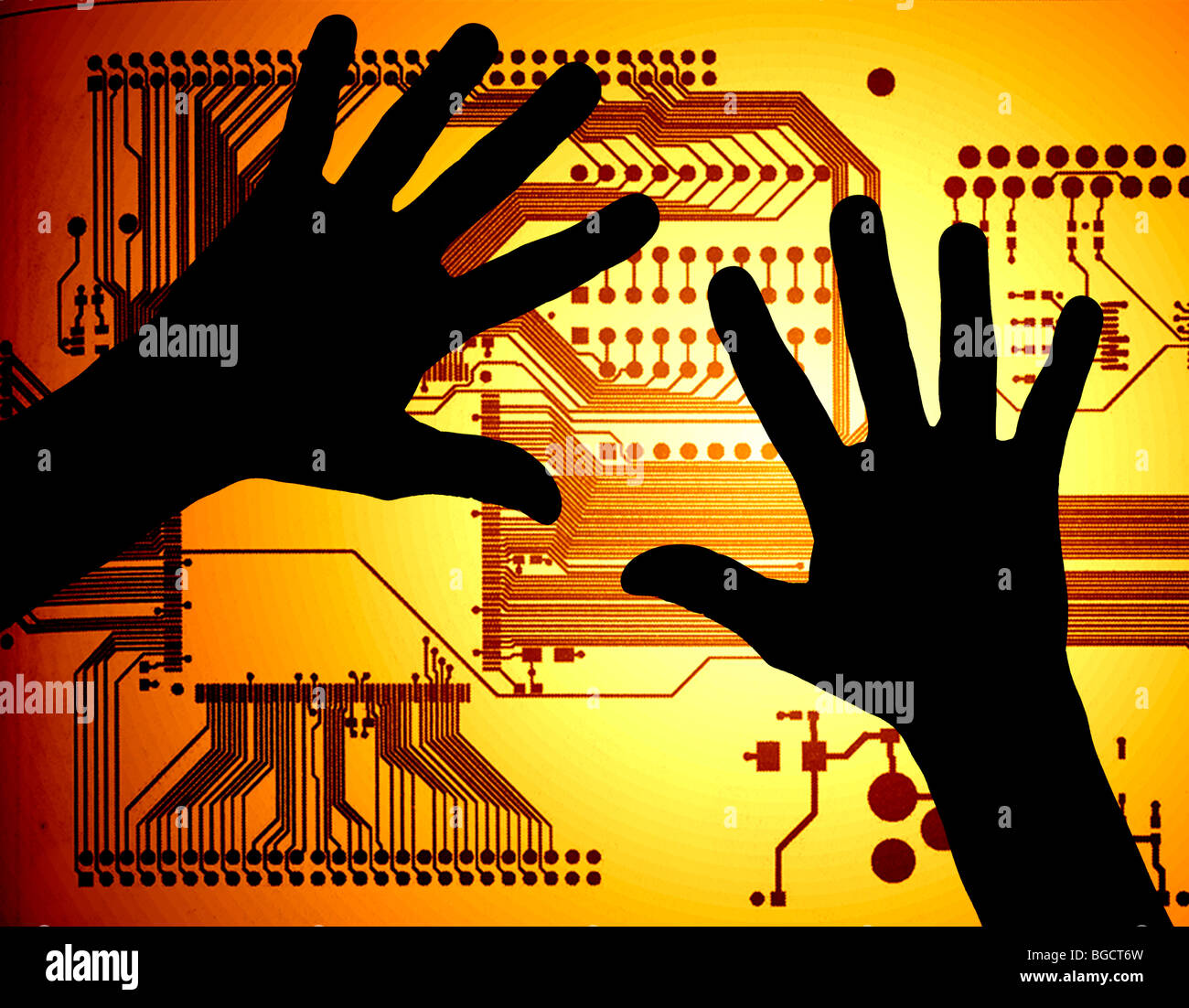 Manos silueteado sobre placa de circuito de alta tecnología ilustración Imagen De Stock