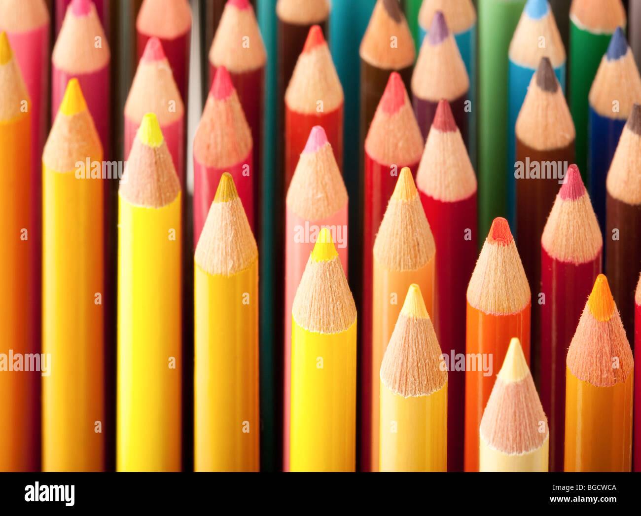 Cerca de lápices de colores Imagen De Stock