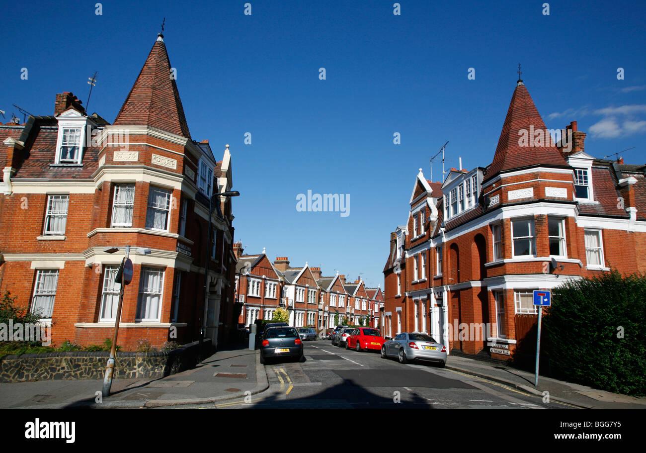 Felix Avenue, Crouch End, Londres, Reino Unido. Imagen De Stock