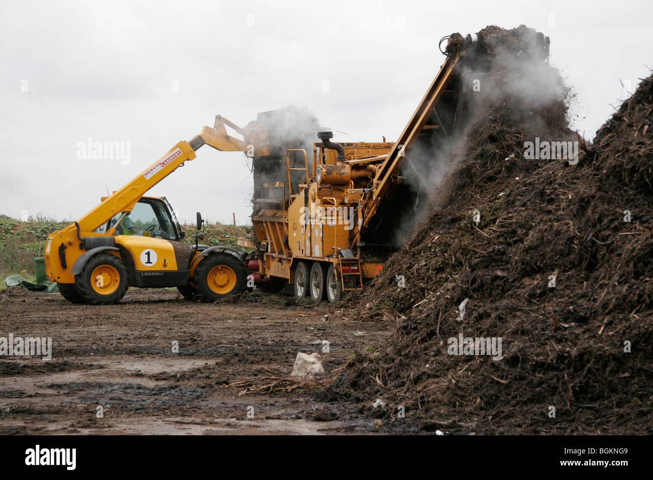 Jardín de reciclaje de desechos en abono para ser usado sobre las tierras agrícolas Imagen De Stock