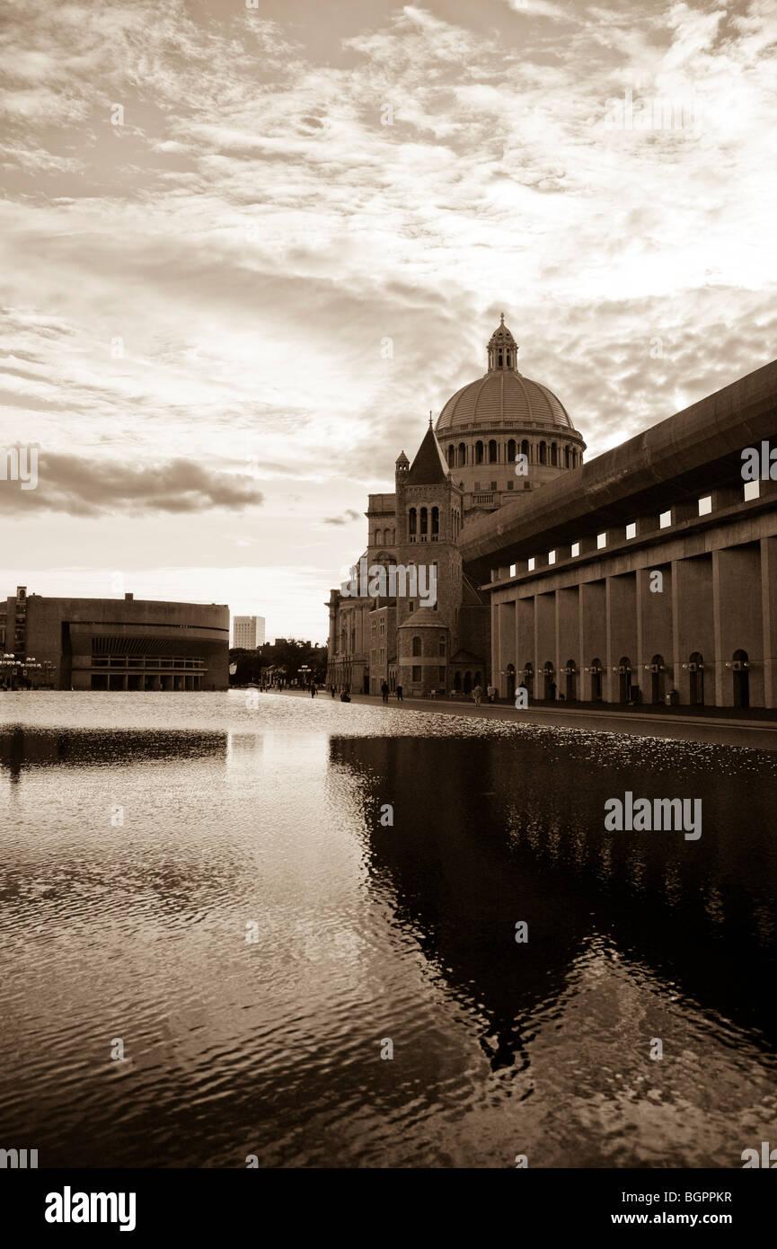 La Christian Science Center piscina reflectante, Boston Foto de stock