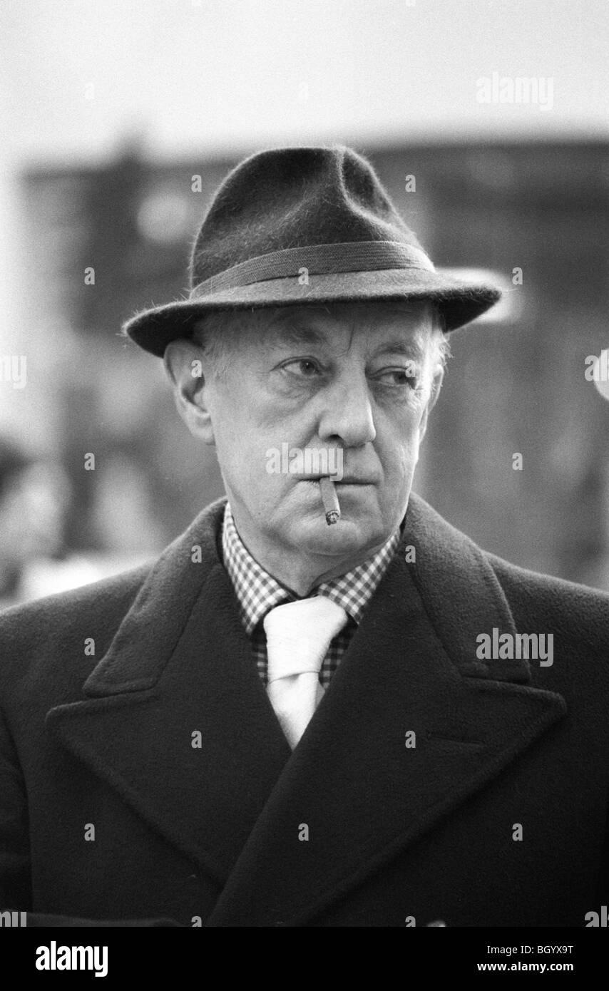 Sir Alec Guinness 1977 Londres Reino Unido. HOMER SYKES Imagen De Stock