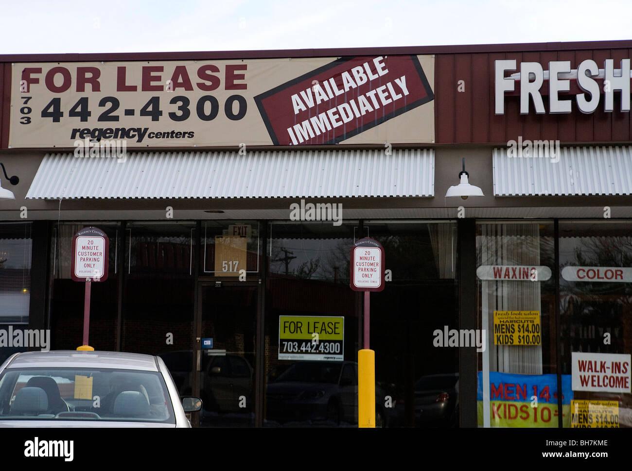 Un centro comercial de centros de Regency en los suburbios de Maryland. Imagen De Stock