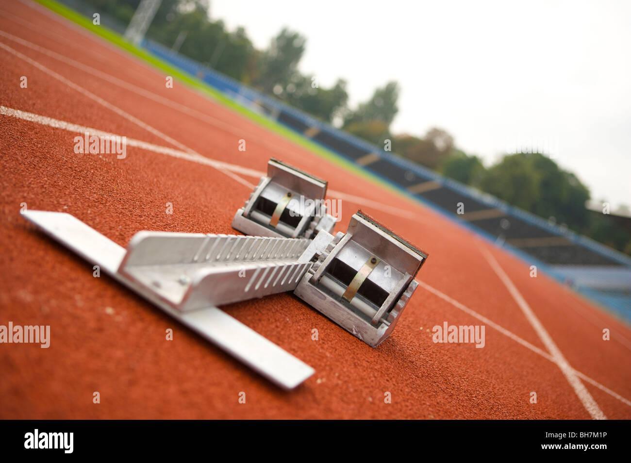 Juegos Olímpicos de Londres 2012, correr, pista, carriles, atletismo, deportes, tierra 1, número, en primer Imagen De Stock