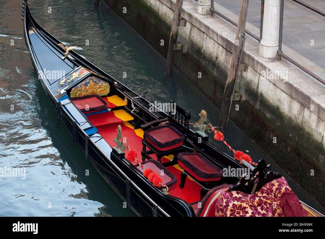 Gondola Detail Imágenes De Stock   Gondola Detail Fotos De Stock - Alamy 25f6edda30b