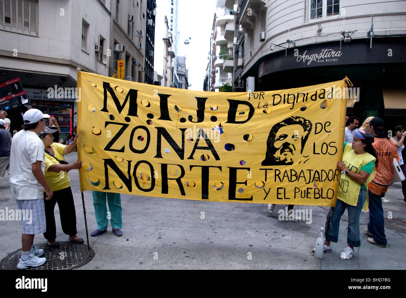 Marcha de protesta de demostración Zona Norte de la Ciudad de Buenos Aires, Argentina Imagen De Stock
