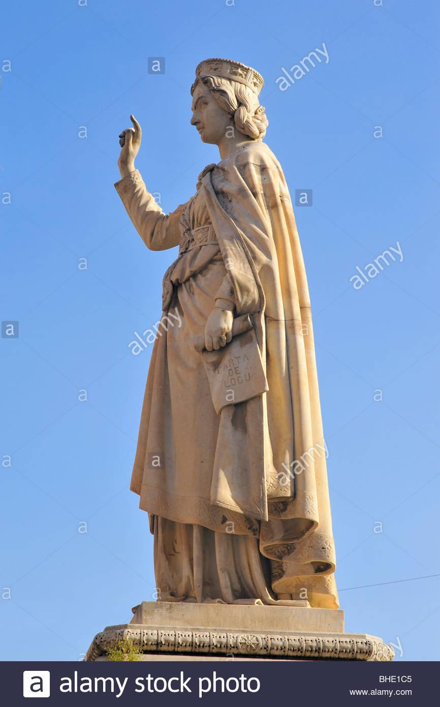 Eleonora d'Arborea estatua, Oristano, Cerdeña, Italia Foto de stock