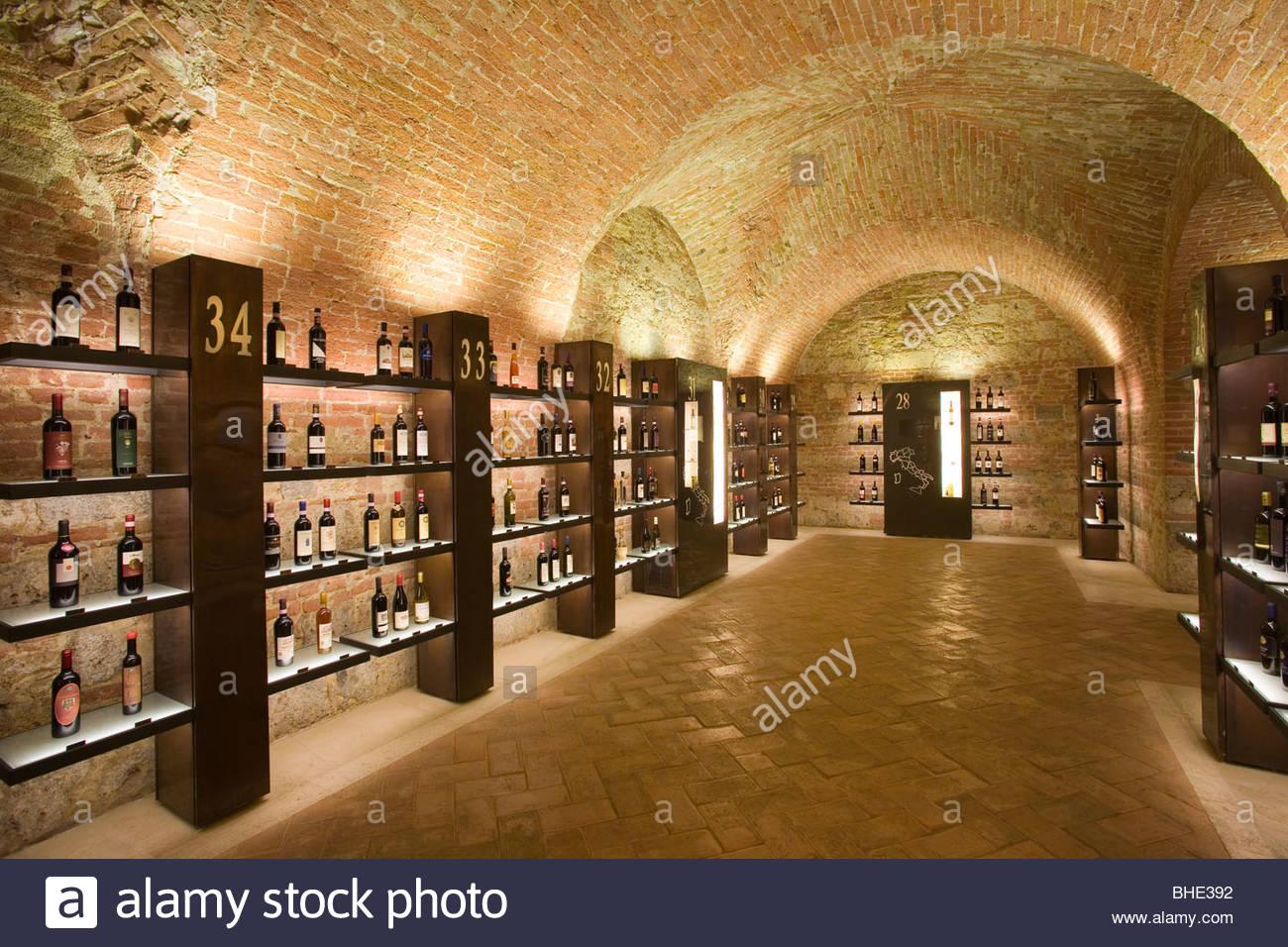 La enoteca italiana, Siena, Toscana, Italia Imagen De Stock