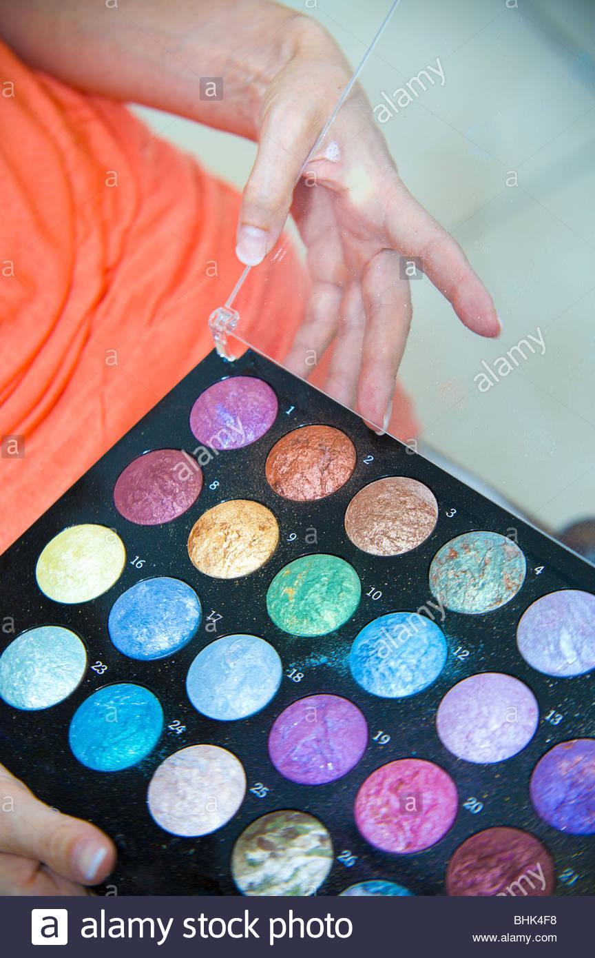 Paleta de colores de maquillaje Imagen De Stock