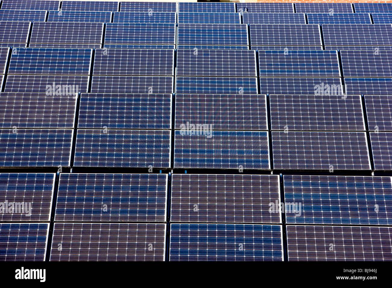 Paneles de Energía Solar Imagen De Stock