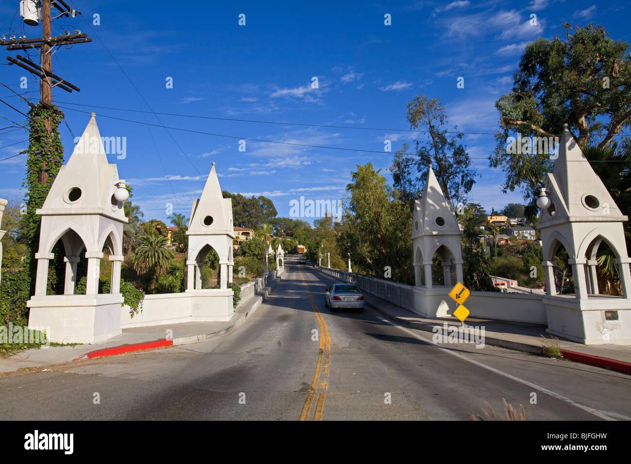 Puente de Shakespeare, Los Feliz, Los Ángeles, California, Estados Unidos. Imagen De Stock