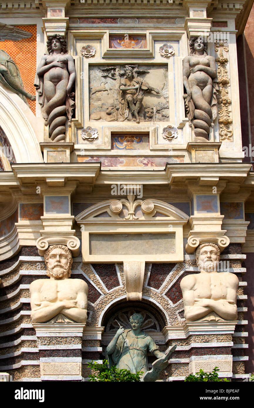 El Órgano Fountain, 1566, vivienda órgano pipies impulsado por aire desde las fuentes. Villa d'Este, Imagen De Stock