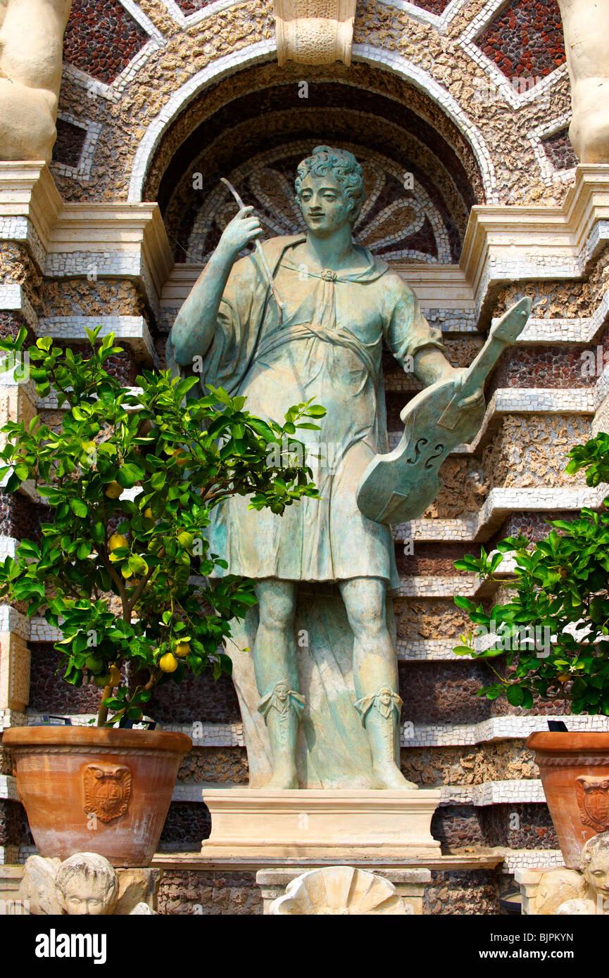 Estatua de Orfeo. El Órgano Fountain, 1566, vivienda órgano pipies impulsado por aire desde las fuentes. Imagen De Stock