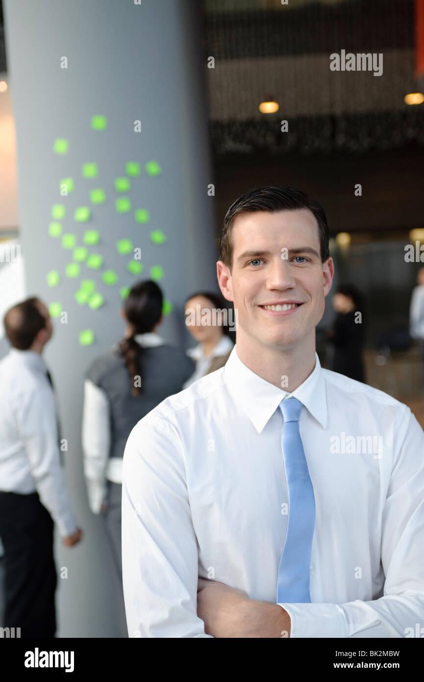 Retrato del hombre de negocios amigable Foto de stock