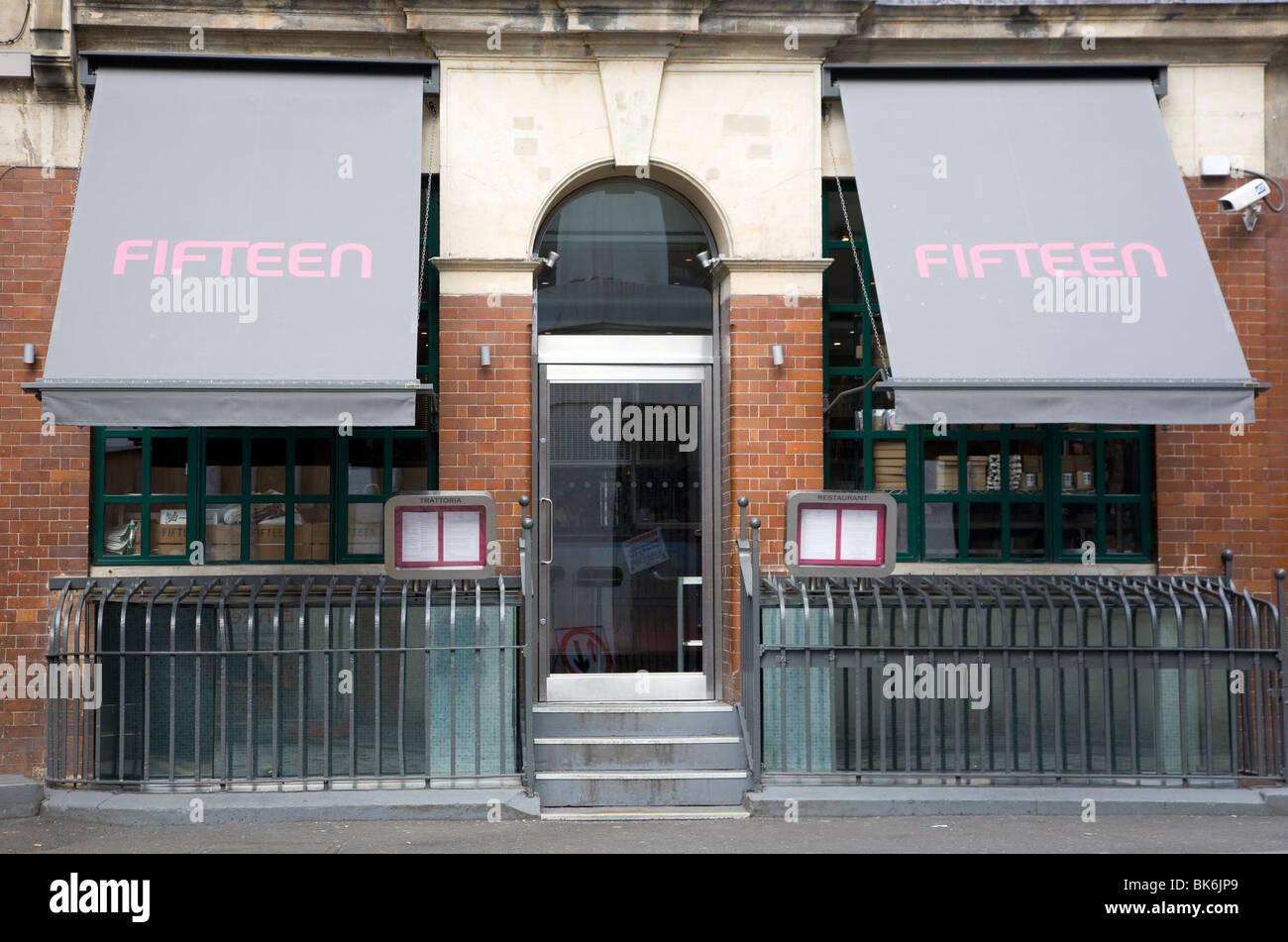 Jamie Oliver's Fifteen restaurante City Road, Londres Foto de stock