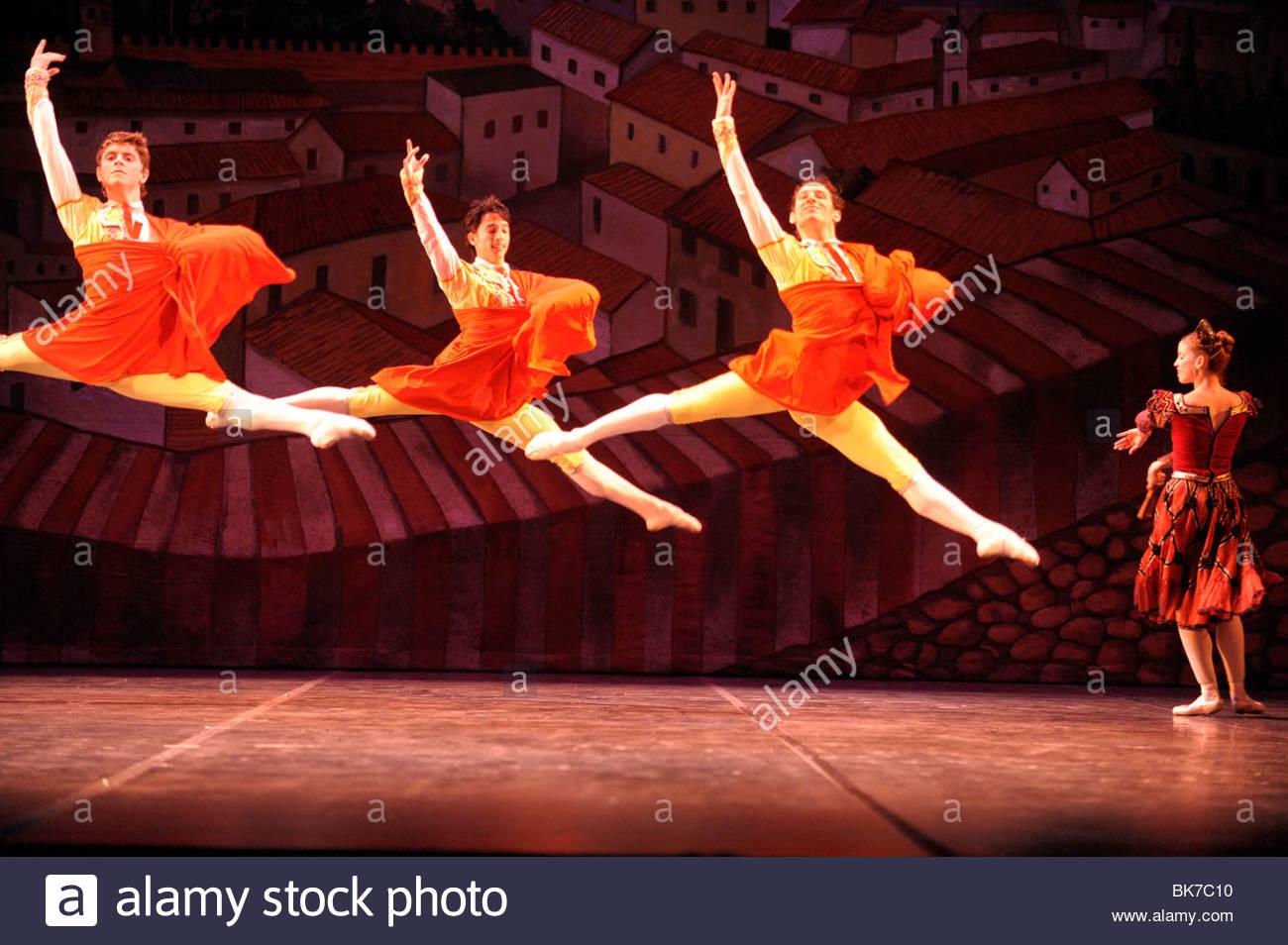Magia de la danza por el Ballet Nacional de Cuba Imagen De Stock