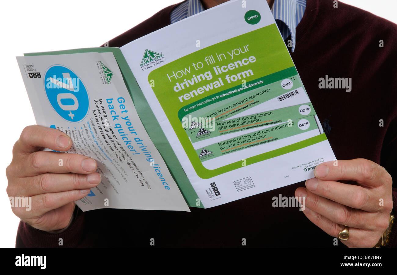 Formulario de renovación de la licencia de conducción folleto & DLVA prospecto para los conductores Imagen De Stock