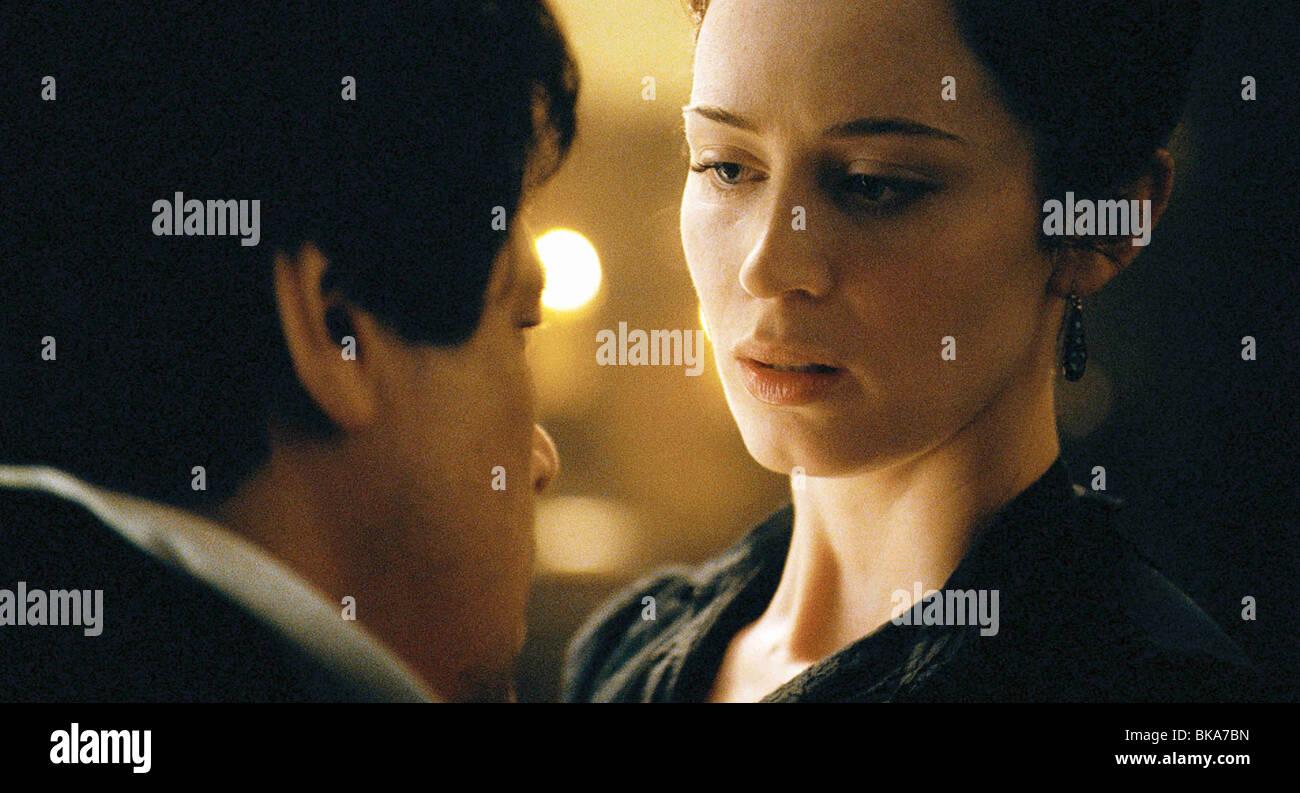 El Wolfman Año : 2010 Director : Joe Johnston Benicio Del Toro, Emma Blunt Imagen De Stock