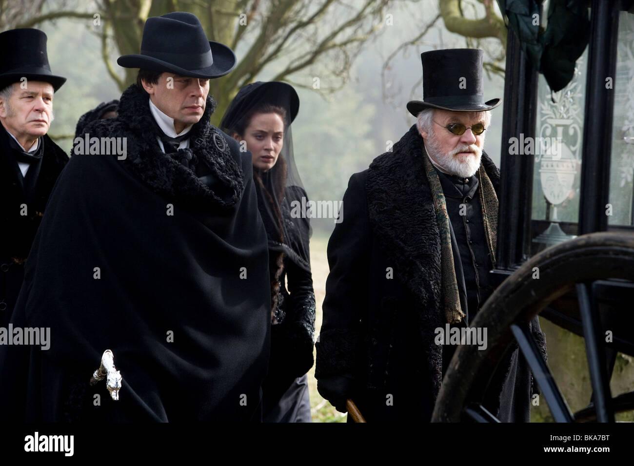 El Wolfman Año : 2010 Director : Joe Johnston Benicio Del Toro, Emma Blunt, Anthony Hopkins Imagen De Stock
