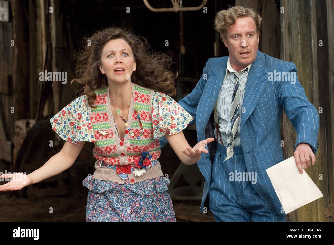 Nanny McPhee y el Big Bang Año : 2010 - UK / USA Director: Susanna White Maggie Gyllenhaal, Rhys Ifans Imagen De Stock