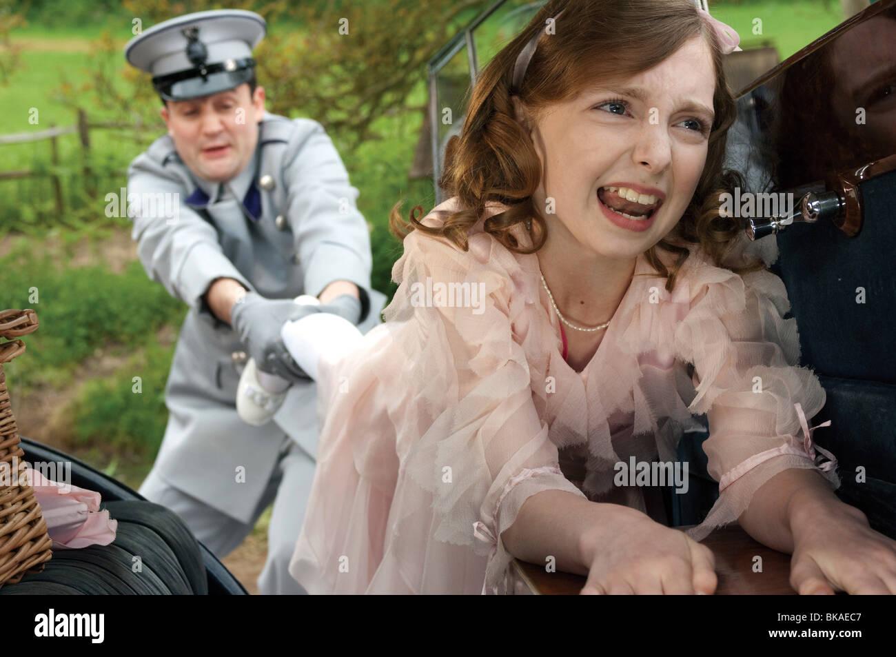 Nanny McPhee y el Big Bang Año : 2010 UK / USA Director: Susanna White Rosie Taylor-Ritson Imagen De Stock