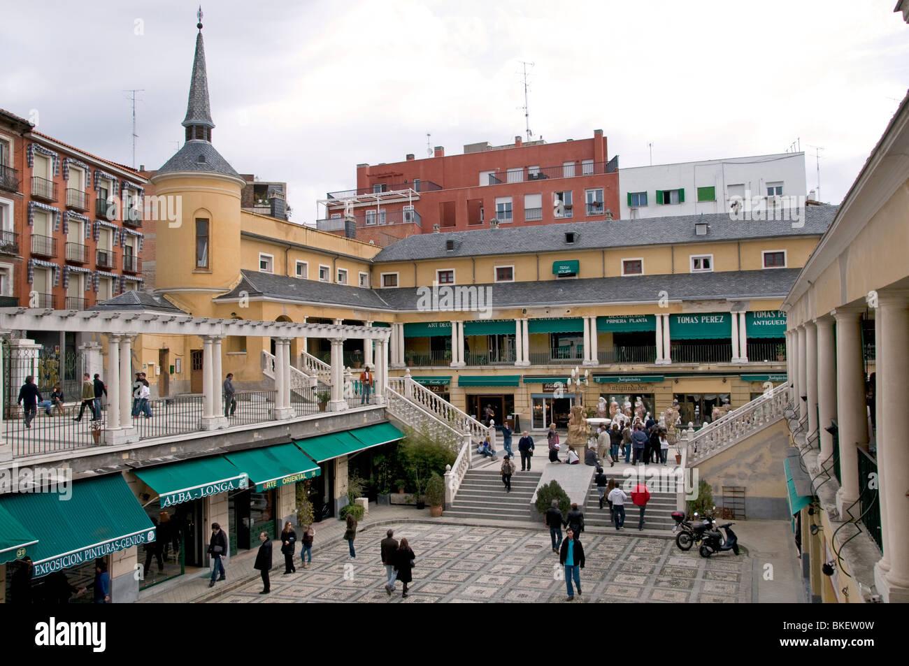 Tienda De Anticuarios Fotos E Imágenes De Stock Alamy