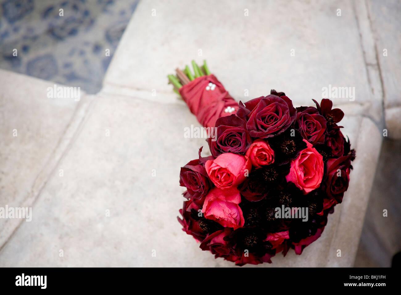 Red Rose Imágenes De Stock & Red Rose Fotos De Stock - Alamy