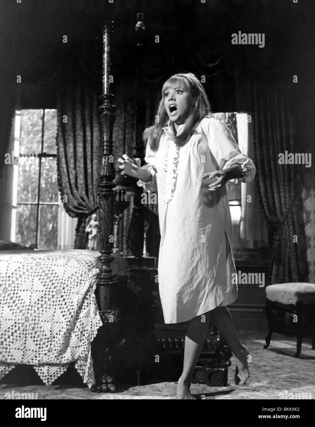 TICKLE ME -1965 Julie Adams Imagen De Stock